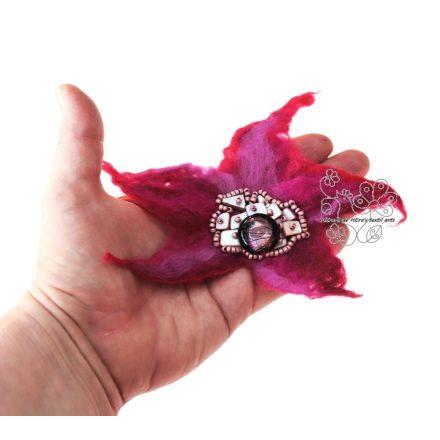 Pink nemez kitűző óriás bross hajékszer kagylóval