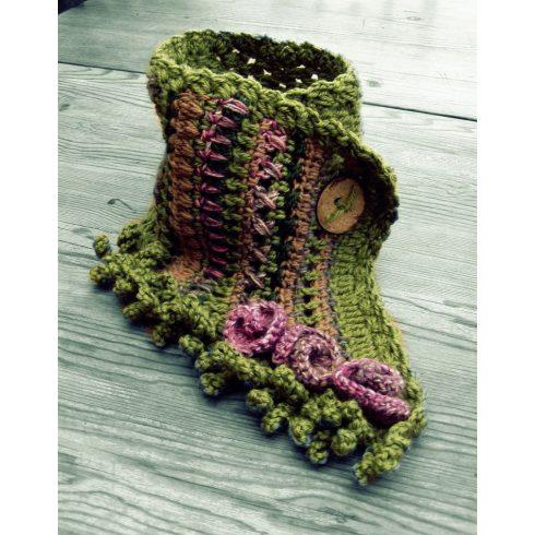 Tündér nyakmelegítő, bohém nyakravaló sál rózsákkal rojtokkal zöld