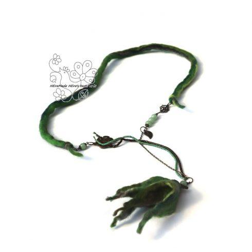 Boho ékszer, Angyal virág nemez nyaklánc zöld