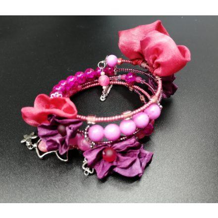 Pink virágos boho karkötő romantikus nőknek