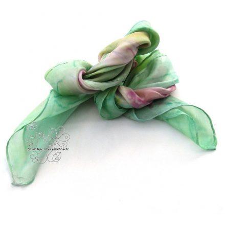 Tavaszi virágok női selyem kendő, kézzel festett hernyóselyem virágos kendő